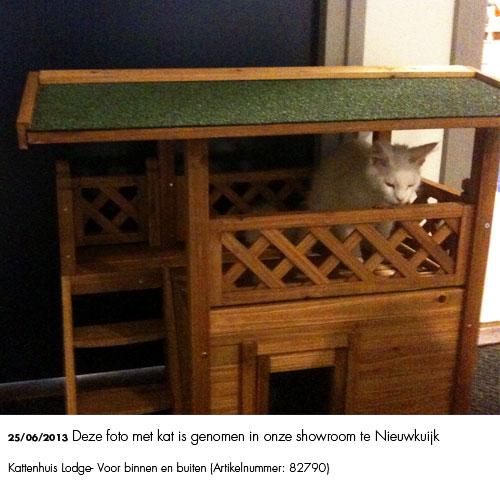 Kattenhuis Lodge -  foto genomen in onze showroom
