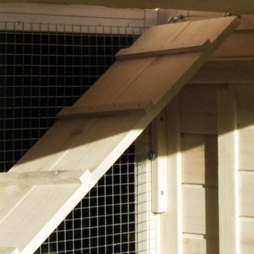 Konijnenhok Chalet XL - Trappen voorzien van extra dwarsbalkjes voor extra grip